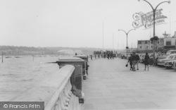 Cowes, The Promenade c.1965