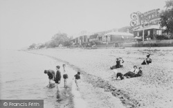 Cowes, The Sands 1913