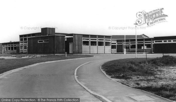 Cowplain, Padnell Infant School c1960