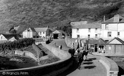 The Village 1958, Crackington Haven