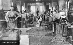 Chain Making c.1912, Cradley Heath