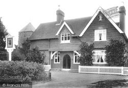 Cranleigh, Peak Institute And Church 1906