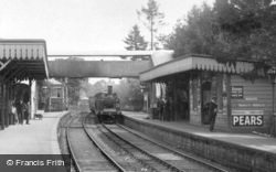 Cranleigh, Train arriving at the Station 1908