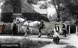 Crawley, Church Of St John The Baptist 1907