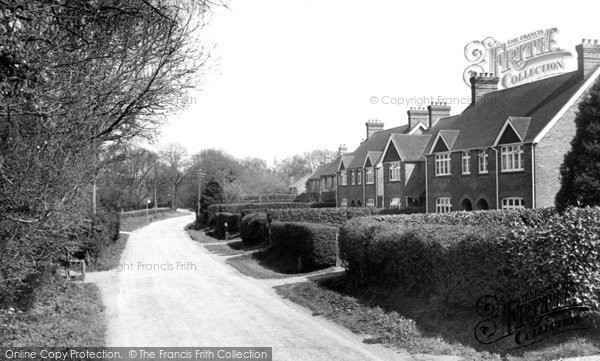 Photo of Crawley Down, Hophurst Road c.1960