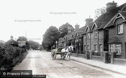 Crawley, London Road 1907