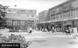 Crawley, Queens Square c.1960