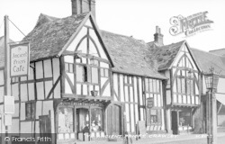 Crawley, Ye Ancient Priors Café c.1935