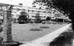 Cray Gardens c.1965, Crayford