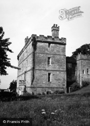 The Castle 1951, Crayke