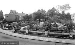 Crewe, Jubilee Gardens c.1960