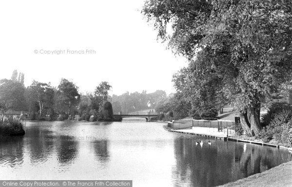 Crewe, Queen's Park, the Lake and Bridge c1950