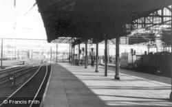 Crewe, Station c.1965