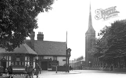 Crewe, The Chetwode Arms And St Paul's Church 1951