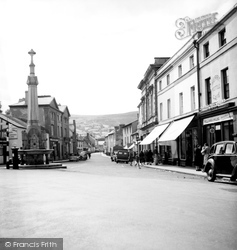 Crickhowell, Market Square And High Street 1951