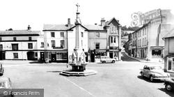 Crickhowell, Market Square c.1960