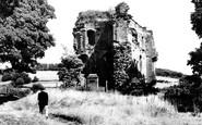 Crickhowell, the Castle 1951