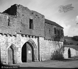 Crickhowell, The Gatehouse, Tretower Court 1951