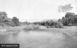 Crickhowell, The River 1939