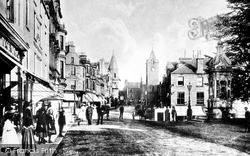 Crieff, James Square 1904