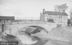 The Canal And Bridge Stores c.1960, Cropredy