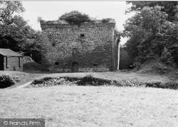 Crossford, Craignethan Castle 1951