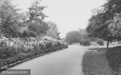 Crouch End, Priory Park c.1965