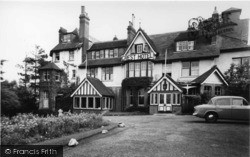Crowborough, Crest Hotel c.1960