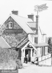Crowborough, St John's, Coopers Arms c.1960