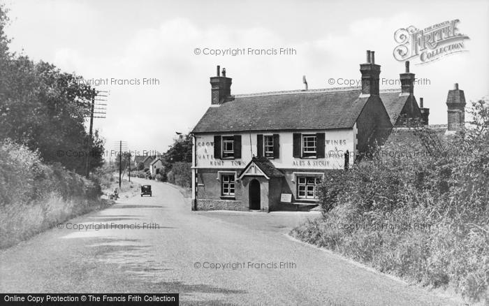 Photo of Crowborough, The Crow And Gate c.1955