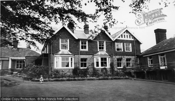 Photo of Crowborough, War Memorial Hospital c.1960