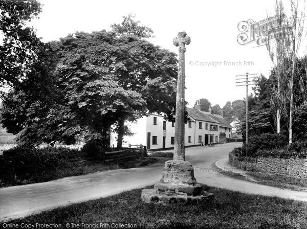 Crowcombe, Cross and Carew Arms 1929