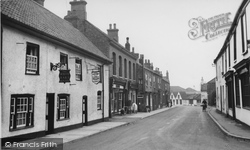 Crowle, High Street c.1955