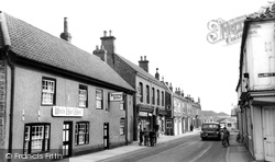 Crowle, High Street c.1965