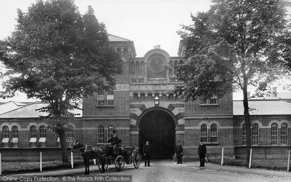 Photo of Crowthorne, Broadmoor Asylum Entrance 1910