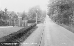 Crowthorne, Dukes Ride And College Gates c.1960