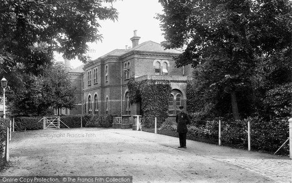 Photo of Crowthorne, Females Entrance, Broadmoor Asylum 1910