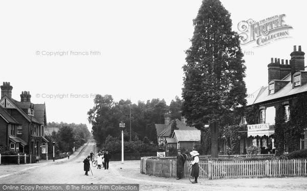 Photo of Crowthorne, Sandhurst Road 1906