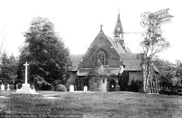 Photo of Crowthorne, St John The Baptist's Church And Cross 1914