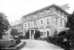 Croydon, Hospital 1894