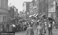 Croydon, Surrey Street Market c1955
