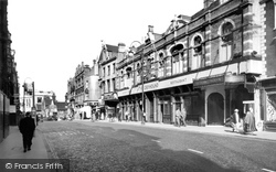 Croydon, The Greyhound c.1955