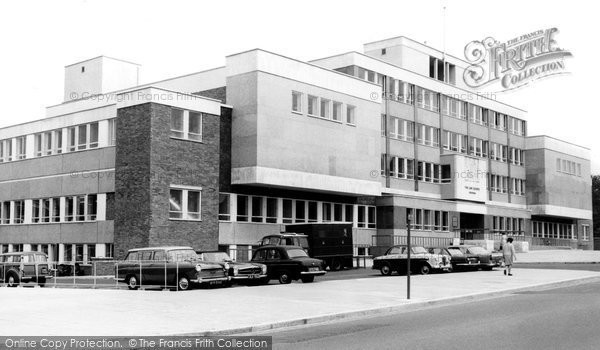 Croydon, The Law Courts c.1970