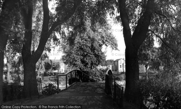 Croydon, Wandle Park c1955