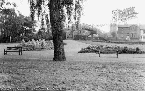 Croydon, Wandle Park c1970