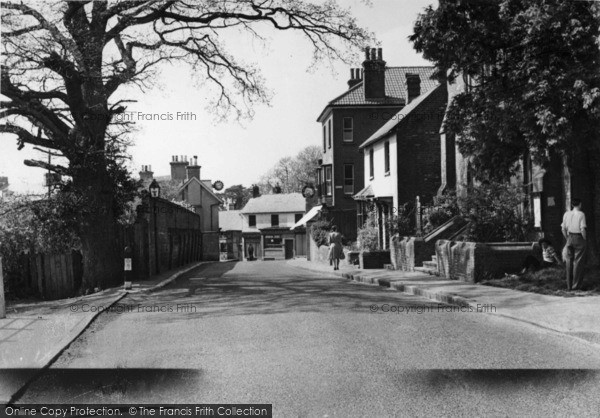 Photo of Cuckfield, Broad Street c.1950