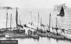 Harbour c.1900, Cullen