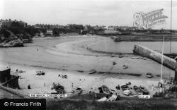 Cullercoats, The Beach c.1965