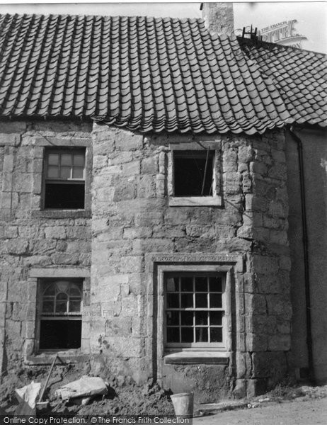 Photo of Culross, Old House Next To The Study 1953