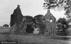 Cupar, Struthers Castle 1953